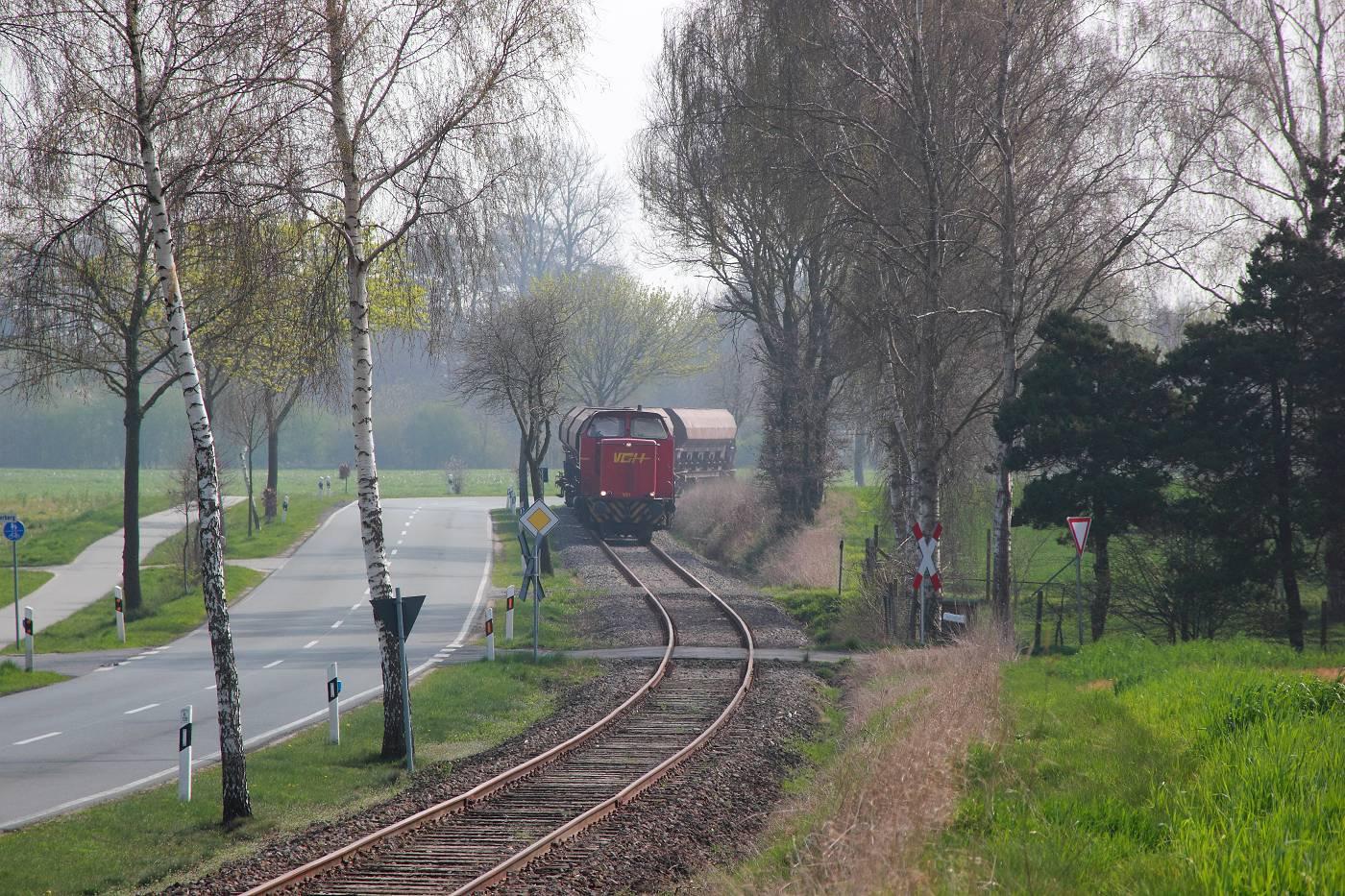 http://www.nachtbahner.de/fotos/2014-04-03%20Mittelwesertour/k-IMG_2307%20Mittelwesertour%2003.04.14%20(5).JPG