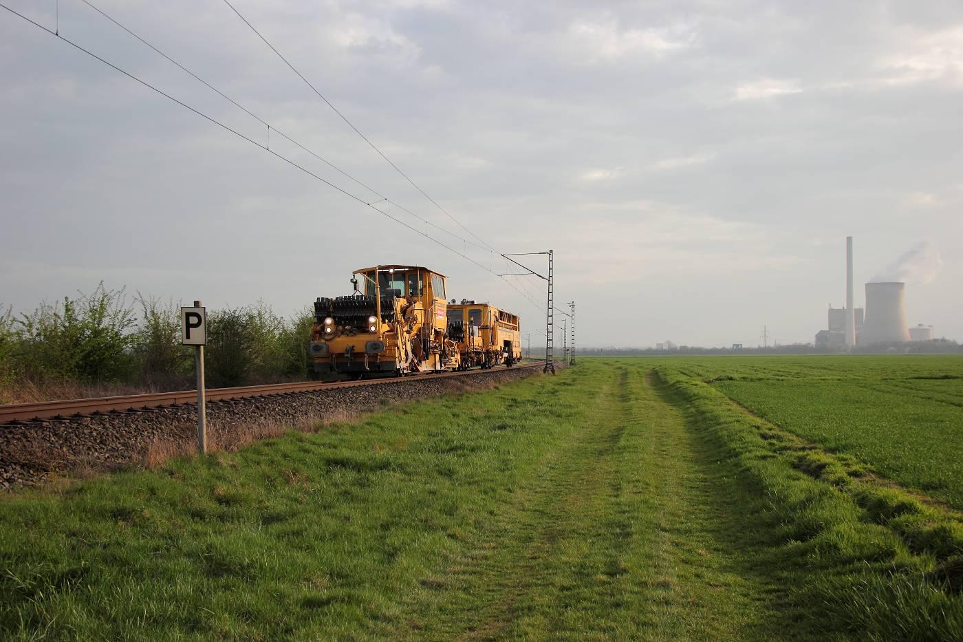http://www.nachtbahner.de/fotos/2014-04-03%20Mittelwesertour/k-IMG_2457%20Mittelwesertour%2003.04.14%20(20).JPG