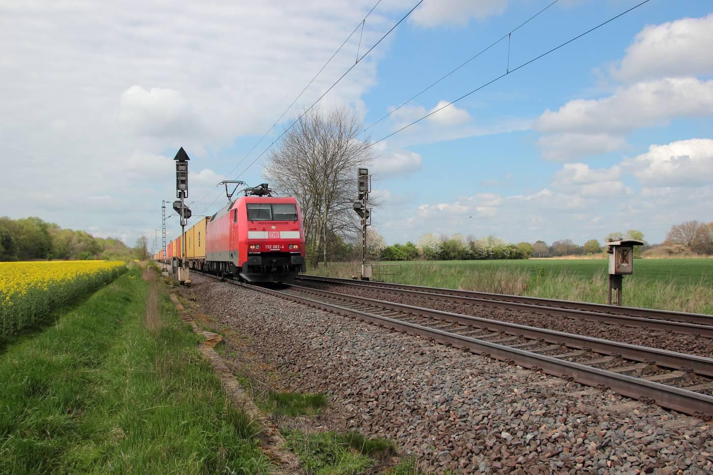 http://www.nachtbahner.de/fotos/2014-04-11%20Hochbetrieb%20in%20HB-Mahndorf/k-IMG_2758%20Mahndorfer%20Raps%20(2).JPG