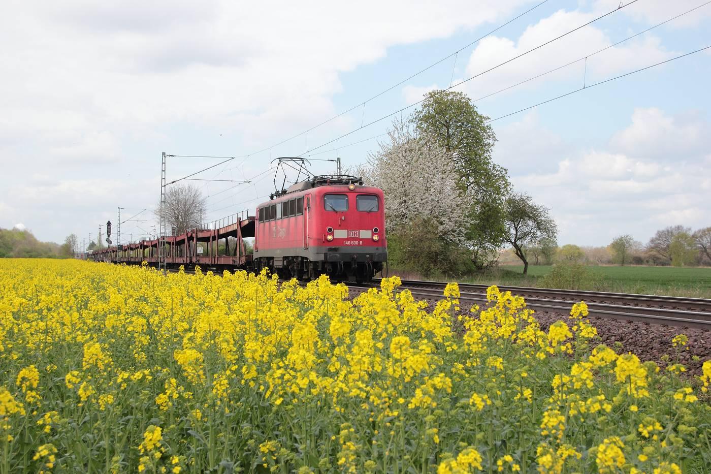 http://www.nachtbahner.de/fotos/2014-04-11%20Hochbetrieb%20in%20HB-Mahndorf/k-IMG_2793%20Mahndorfer%20Raps%20%286%29.JPG