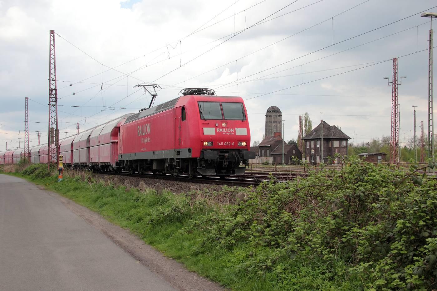 http://www.nachtbahner.de/fotos/2014-04-11%20Hochbetrieb%20in%20HB-Mahndorf/k-IMG_2814%20Mahndorfer%20Raps%20%2810%29.JPG
