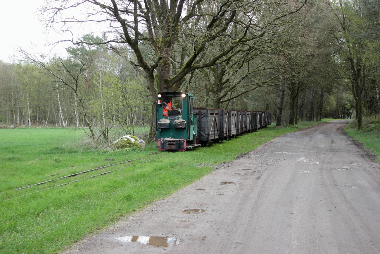 http://www.nachtbahner.de/Fotos/2014-04-15%20Torftour%20im%20Elbe-Weser-Dreieck/k-IMG_3300%20Torftour%20im%20Elbe-Weser-Dreieck%2015.04.14%20(10).JPG