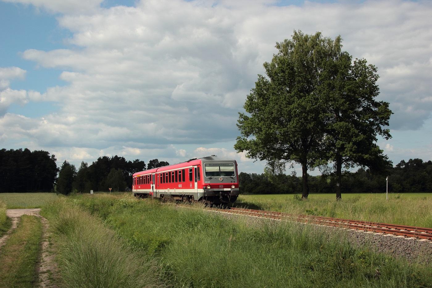 http://www.nachtbahner.de/Fotos/2014-05-30%20KBS%20115%20M%c3%bchlenbahn%20Uelzen%20-%20Braunschweig%20/k-IMG_6453%20KBS%20115%20M%c3%bchlenbahn%2030.05.14%20(7).JPG