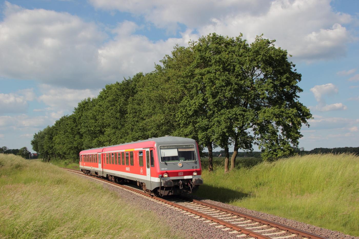 http://www.nachtbahner.de/Fotos/2014-05-30%20KBS%20115%20M%c3%bchlenbahn%20Uelzen%20-%20Braunschweig%20/k-IMG_6463%20KBS%20115%20M%c3%bchlenbahn%2030.05.14%20(8).JPG