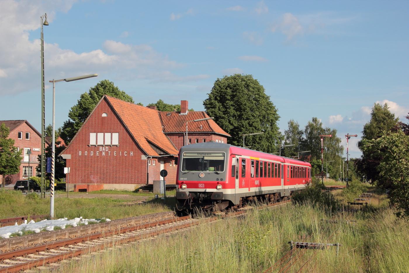 http://www.nachtbahner.de/Fotos/2014-05-30%20KBS%20115%20M%c3%bchlenbahn%20Uelzen%20-%20Braunschweig%20/k-IMG_6473%20KBS%20115%20M%c3%bchlenbahn%2030.05.14%20(9).JPG