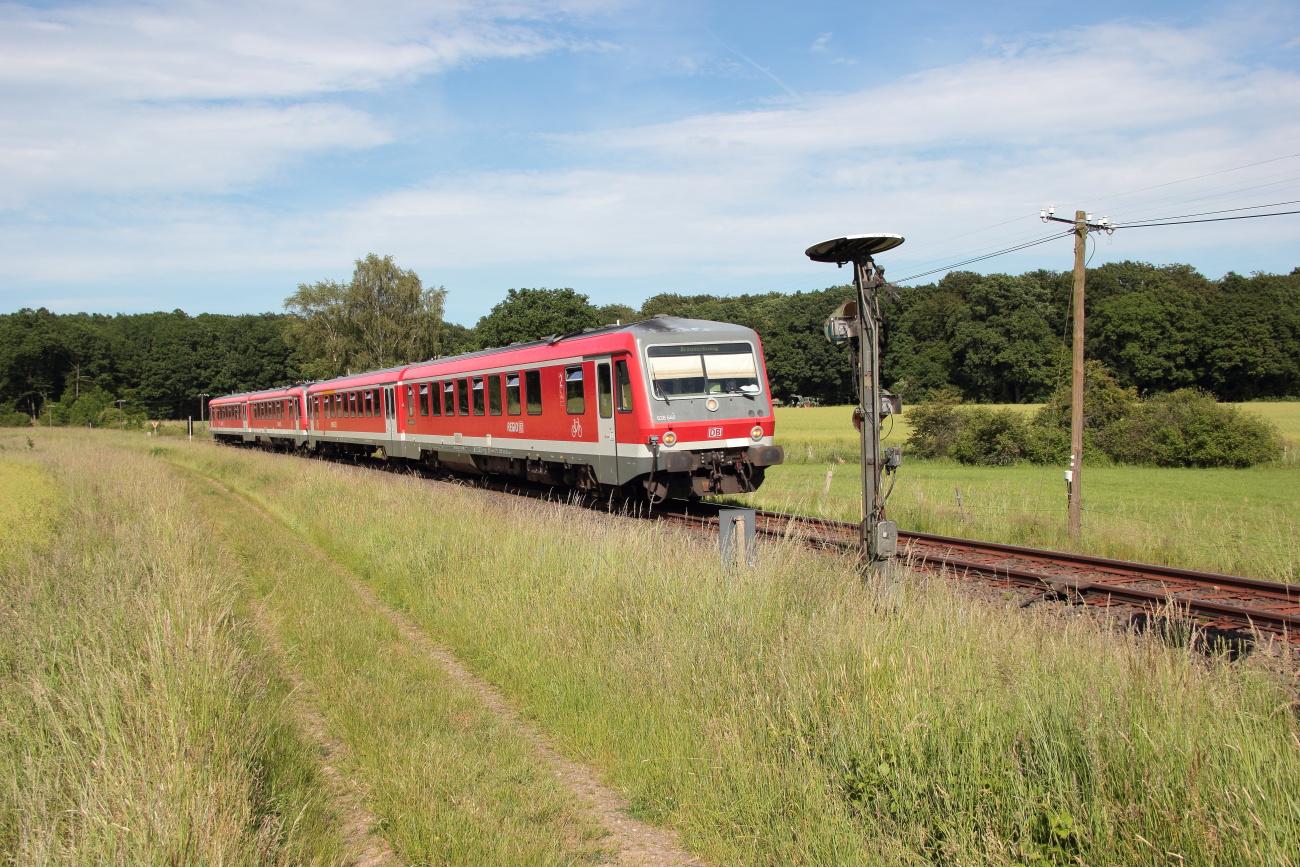 http://www.nachtbahner.de/Fotos/2014-06-07%20KBS%20115%20M%c3%bchlenbahn%20Uelzen%20-%20Braunschweig%20/k-IMG_7040%20KBS%20115%20M%c3%bchlenbahn%2007.06.14%20(3).JPG