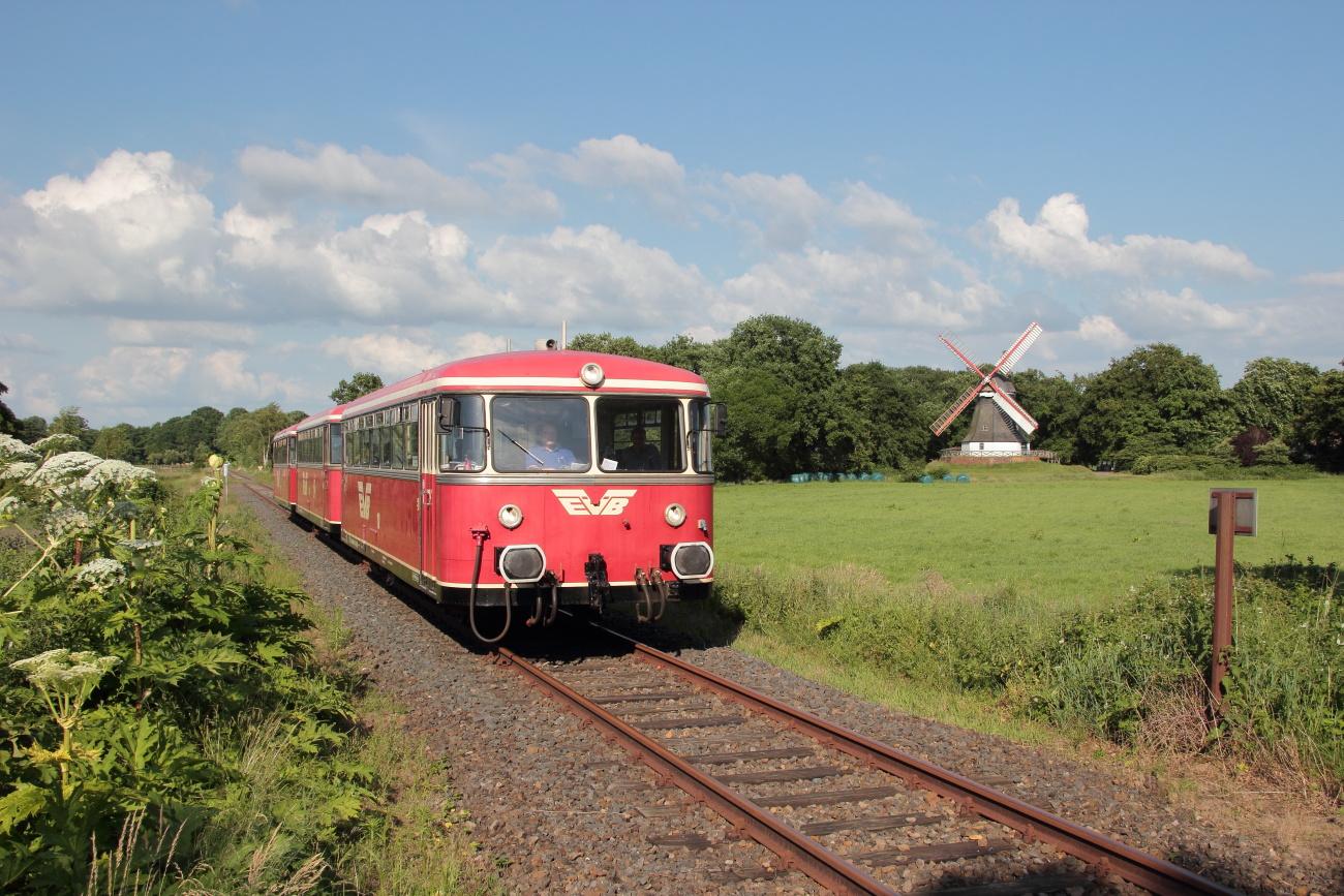 http://www.nachtbahner.de/Fotos/2014-06-15%20Moorexpress/k-IMG_8182%20Moorexpress%2015.06.14%20(4).JPG