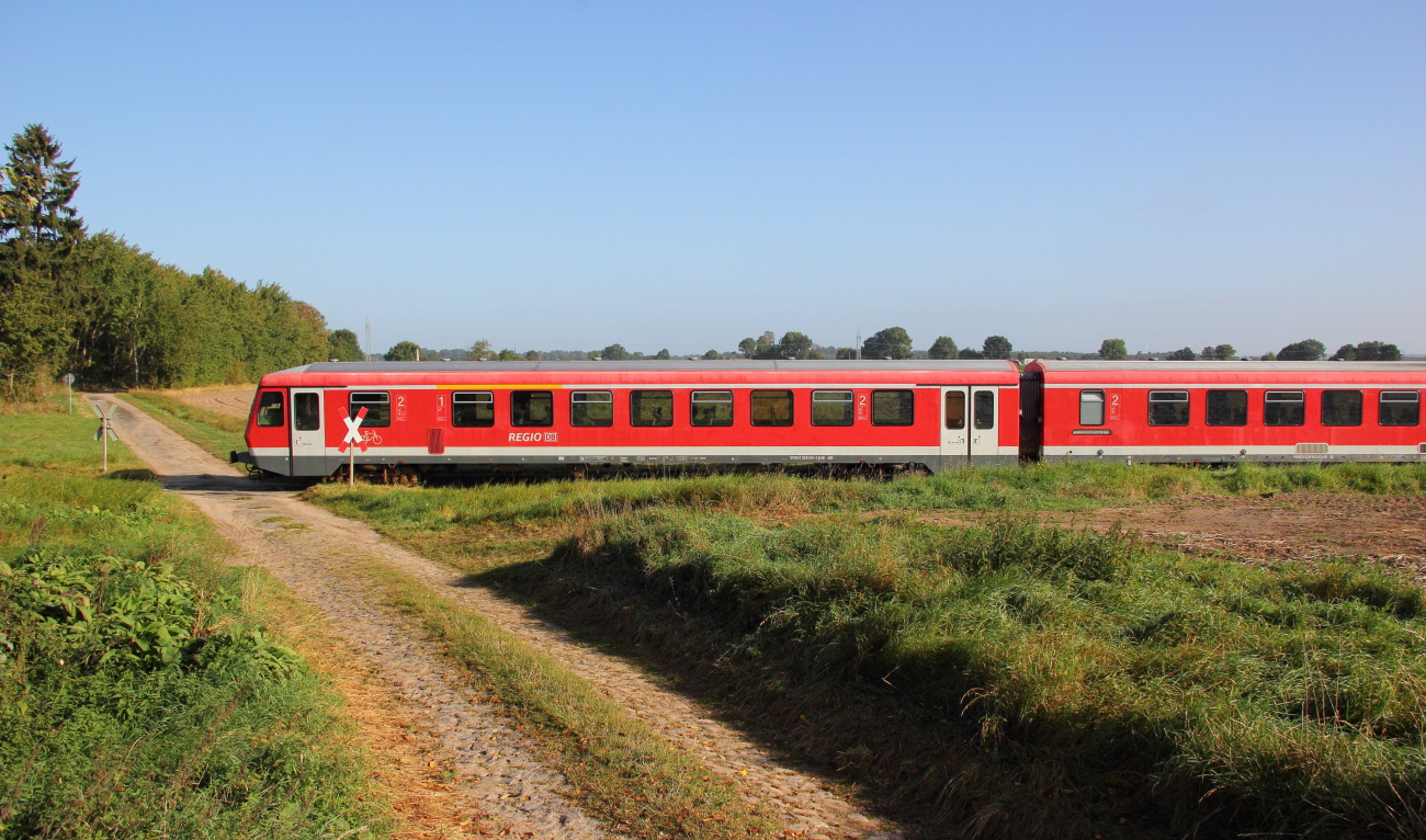 http://www.nachtbahner.de/Fotos/2014-09-29%20KBS112%20Wendlandbahn/k-IMG_6423%20KBS112%20Wendlandbahn%2027.09.14%20(2).JPG