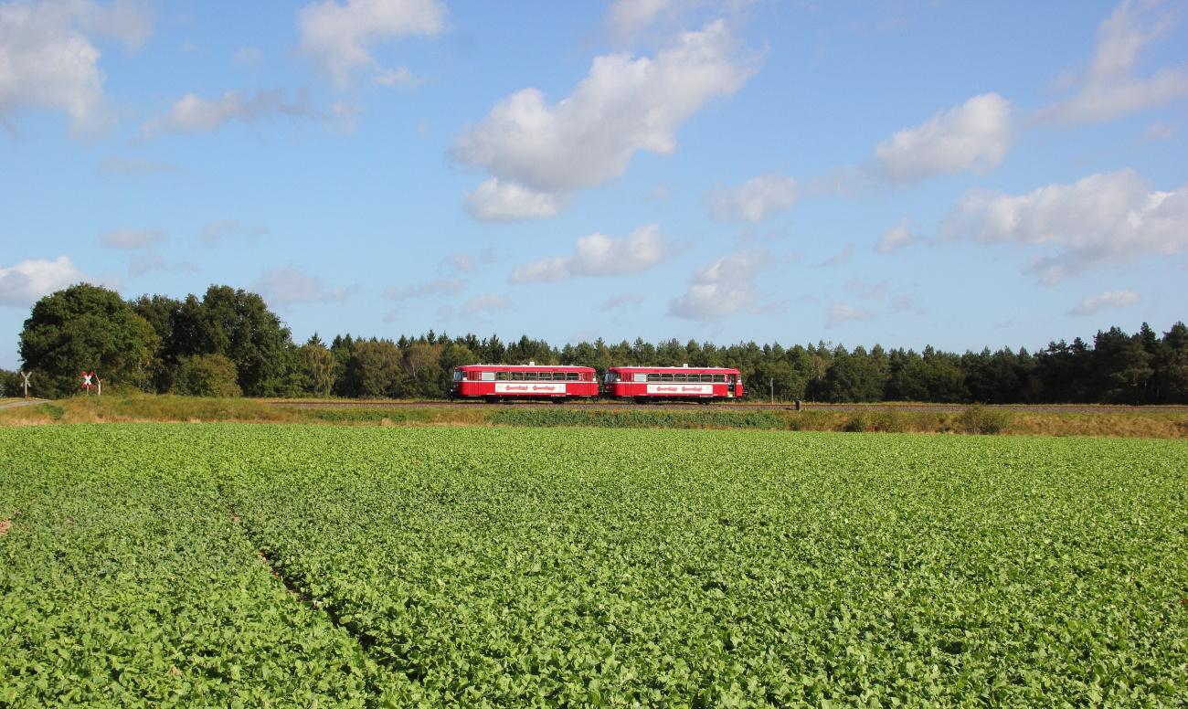 http://www.nachtbahner.de/Fotos/2014-09-29%20KBS112%20Wendlandbahn/k-IMG_6446%20KBS112%20Wendlandbahn%2027.09.14%20(5).JPG