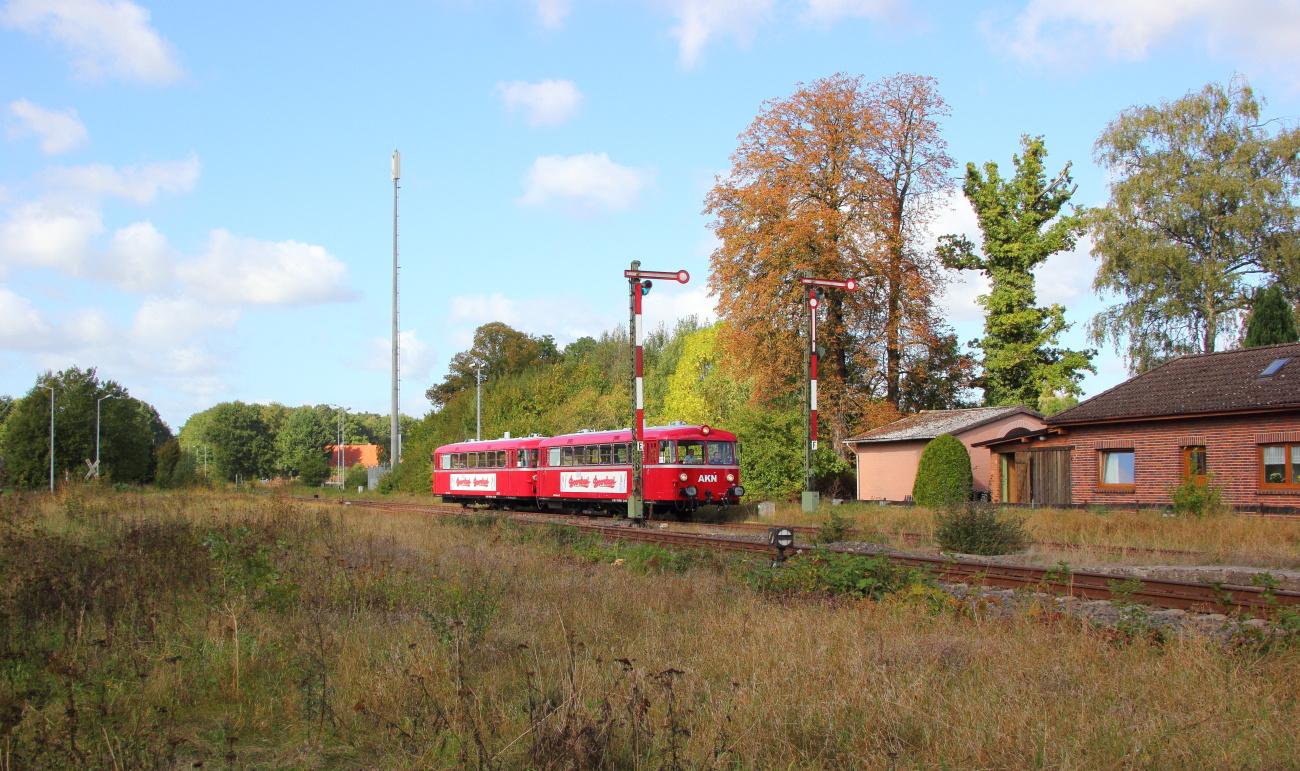 http://www.nachtbahner.de/Fotos/2014-09-29%20KBS112%20Wendlandbahn/k-IMG_6459%20KBS112%20Wendlandbahn%2027.09.14%20(6).JPG