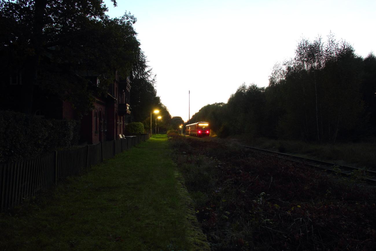 http://www.nachtbahner.de/Fotos/2014-09-29%20KBS112%20Wendlandbahn/k-IMG_6618%20KBS112%20Wendlandbahn%2027.09.14%20(15).JPG