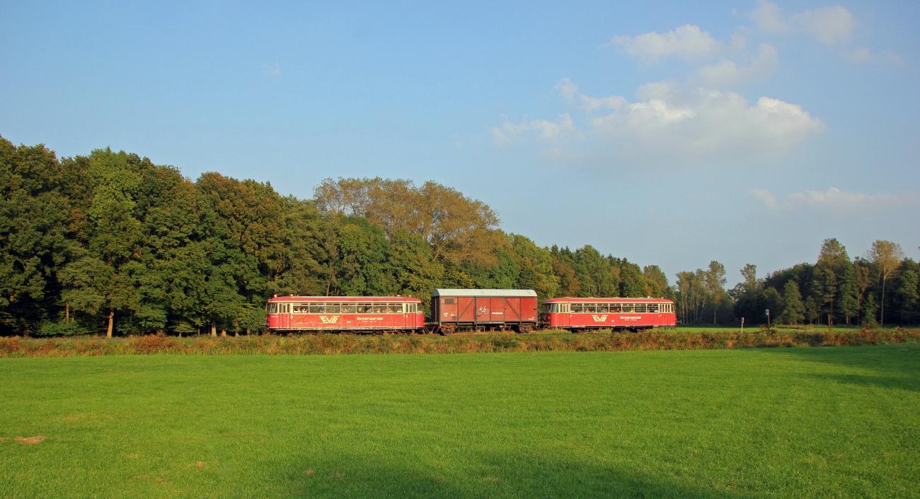 http://www.nachtbahner.de/Fotos/2014-10-03%20Moorexpress/k-IMG_6788_PSE%20Moorexpress%2003.10.14%20(3).JPG