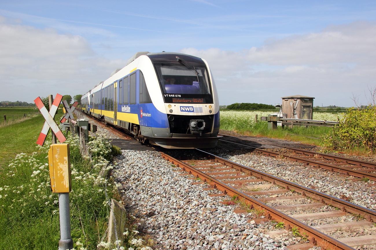 http://www.nachtbahner.de/Fotos/2015-05-24%20Jadebahn%20bei%20Ellenserdammersiel/k-IMG_2505%20Jadebahn%20bei%20Ellenserdammersiel%2023.05.15%20(4).JPG