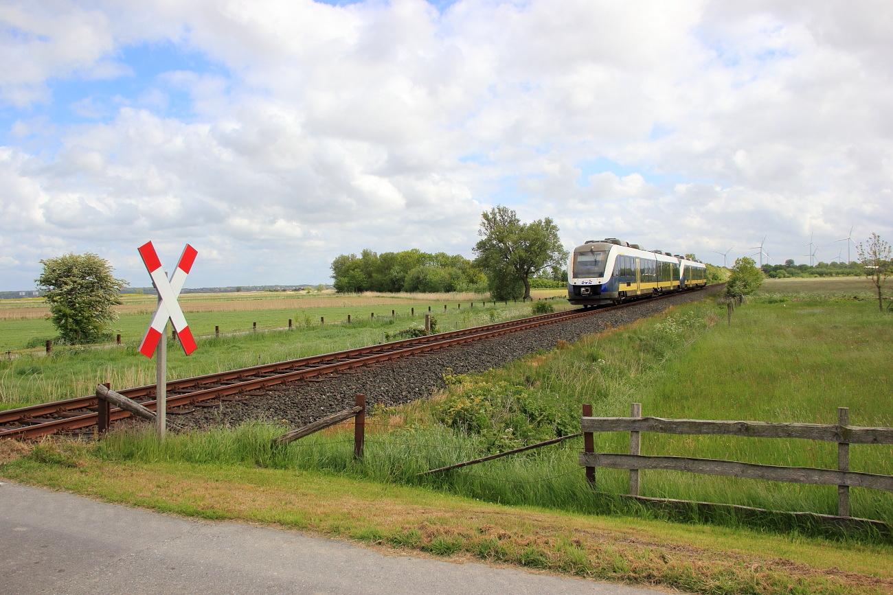http://www.nachtbahner.de/Fotos/2015-07-10%20Nordseebahn%20Teil%201/k-IMG_2818%20Nordseebahn%2026.05.15%20(4).JPG