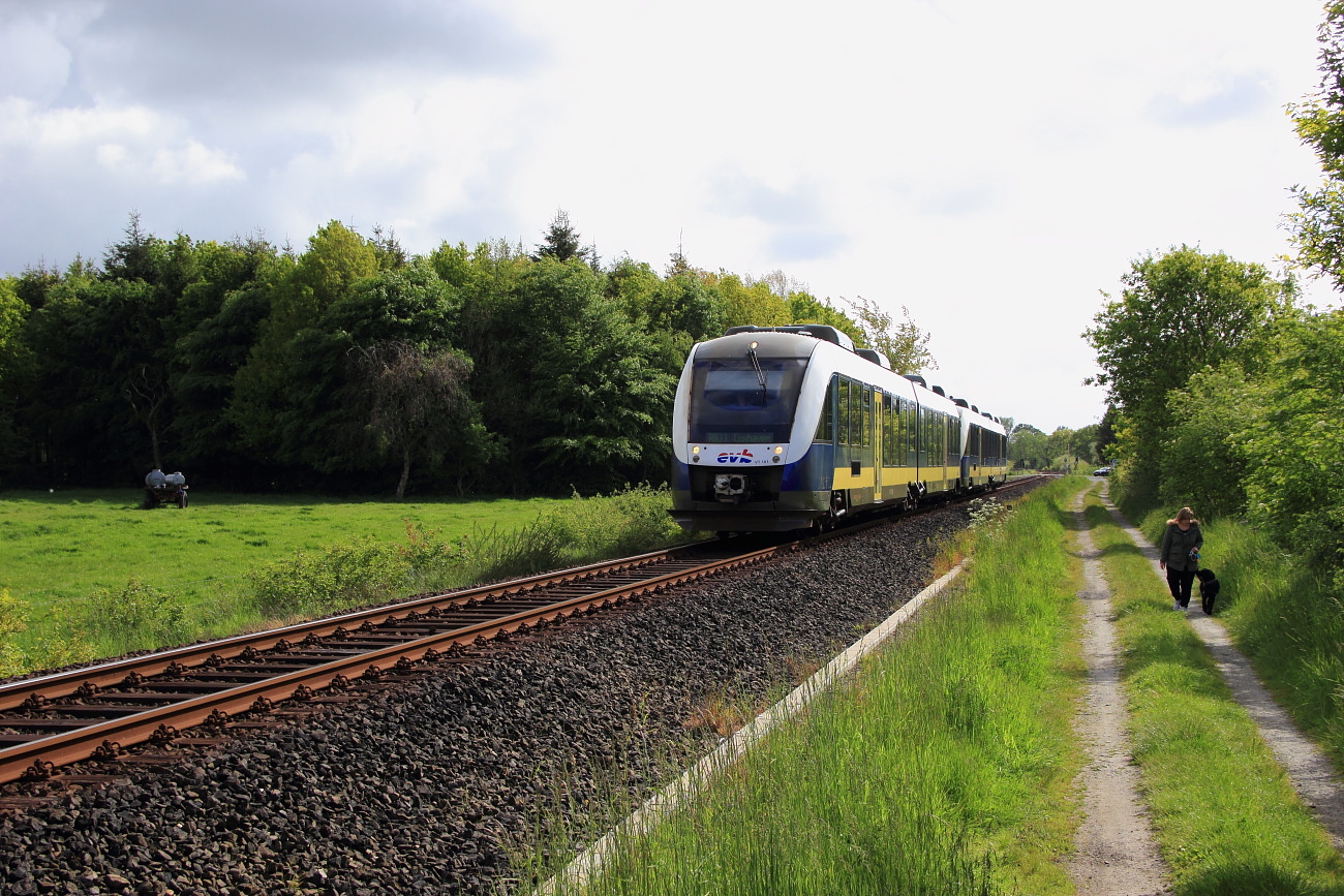 http://www.nachtbahner.de/Fotos/2015-07-10%20Nordseebahn%20Teil%201/k-IMG_2887%20Nordseebahn%2026.05.15%20(8).JPG