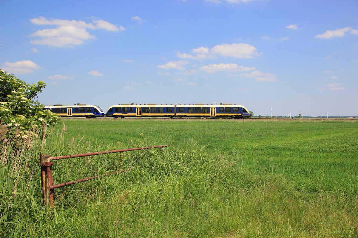 http://www.nachtbahner.de/Fotos/2015-07-10%20Nordseebahn%20Teil%202/k-IMG_3351%20Nordseebahn%2012.06.15%20(1).JPG
