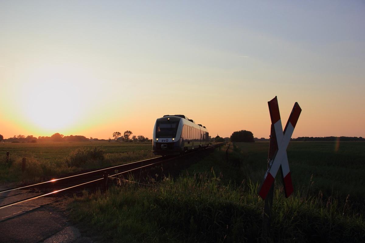 http://www.nachtbahner.de/Fotos/2015-07-10%20Nordseebahn%20Teil%202/k-IMG_3580%20Nordseebahn%2012.06.15%20(11).JPG
